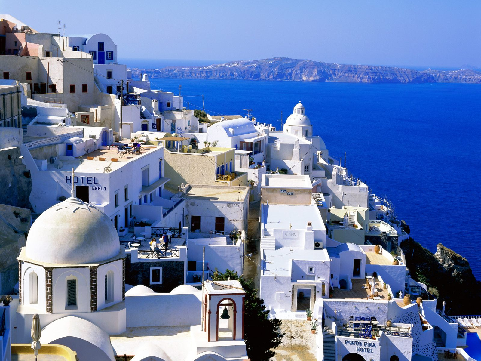 http://www.citypictures.net/data/media/226/Fira_Santorini_Cyclades_Islands_Greece.jpg