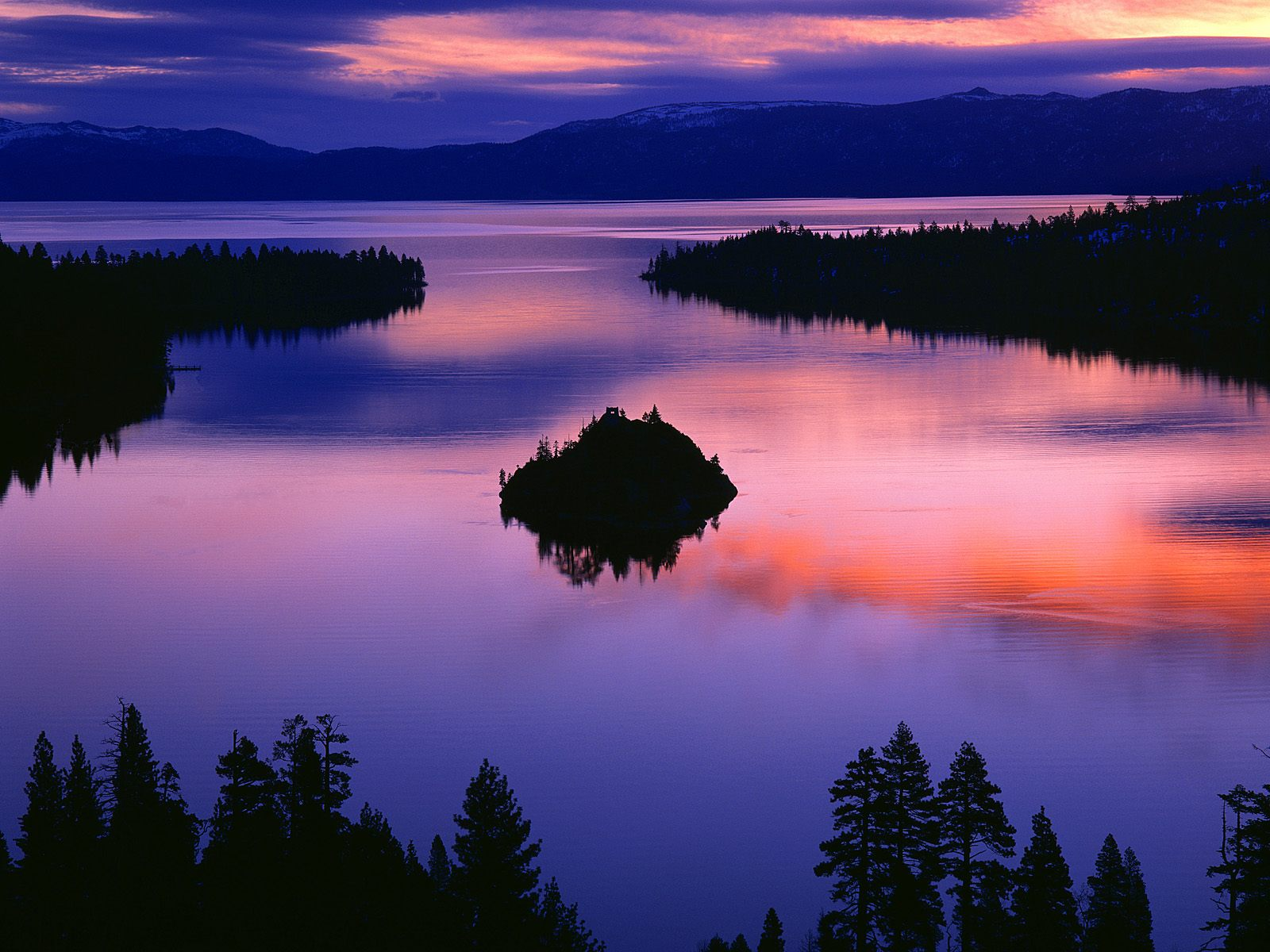 twilight color at emerald bay lake tahoe california picture twilight color at emerald bay lake. Black Bedroom Furniture Sets. Home Design Ideas